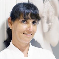 Dra. Ana Cristina Cury Camargo
